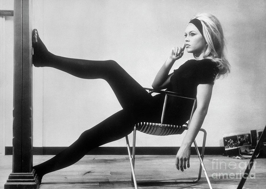 Untamable Wildalone: Brigitte Bardot and the Emancipation of Female Individuality